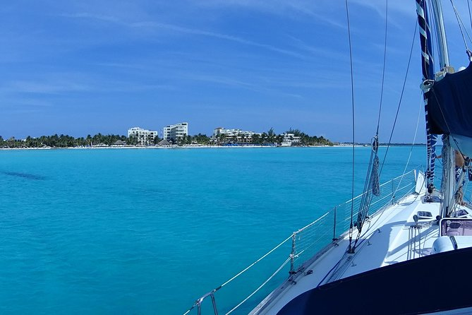 Private Customizable Sailing Tour in Cancun