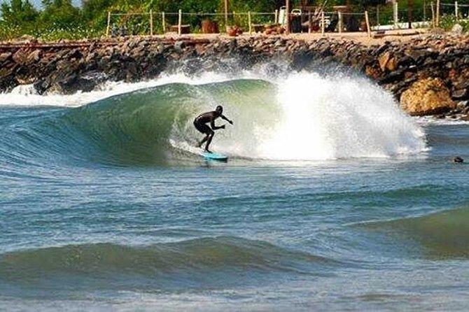 excursion-surf-a-tarkwa-bay-avec-transfert-en-bateau