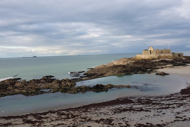 Day Trip to Mont Saint-Michel and Saint-Malo from Rennes with driver-guide