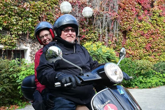 Van Gogh tour by Vespa Scooter - Private Experience