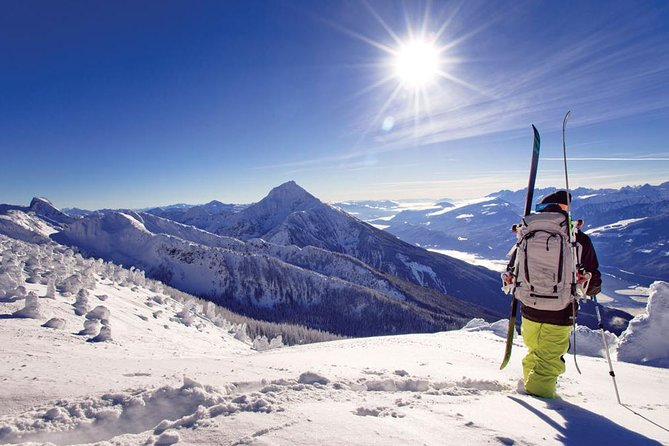 Private Group Ski Transfer: Calgary to Fernie