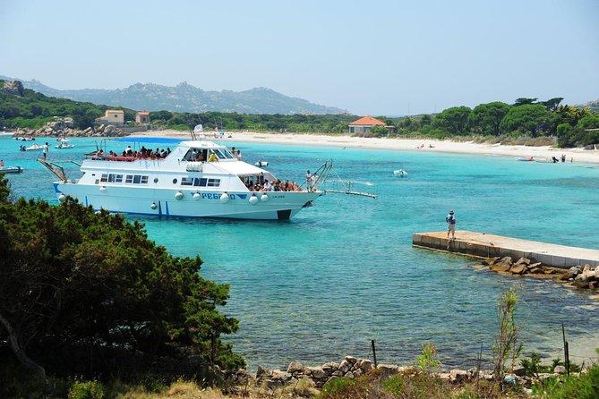 Paseo en barco a La Maddalena Arcipelago desde Laconia, Cannigione o Baja Sardinia