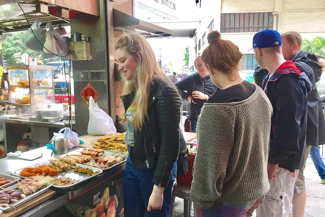 Small-Group Tour: The best bites of Mongkok