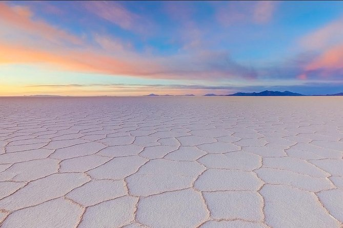Full-Day Uyuni Salt Flat - Share in 4x4 VIP with English Speaking Guide photo 3