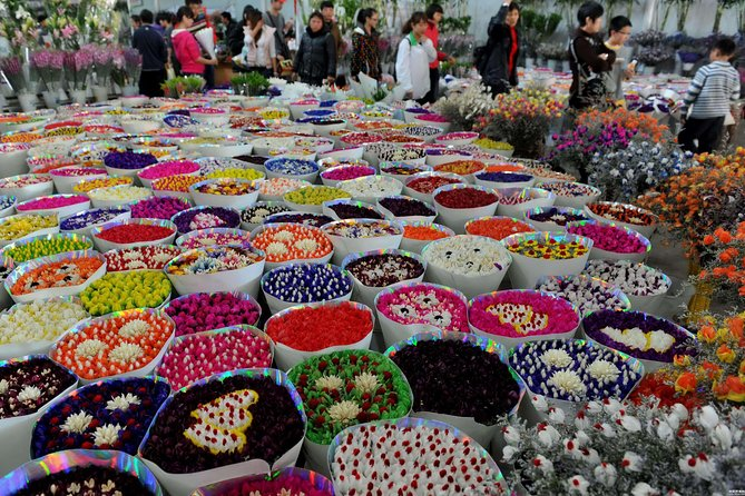 1-Day Mountain and Flower Tour in Kunming