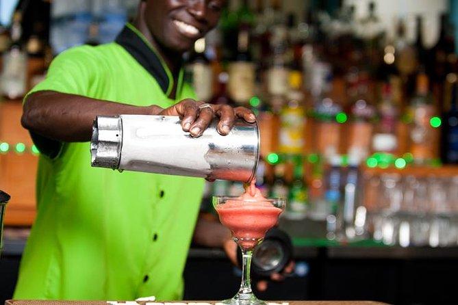 Tour de tragos en el bar Sip and Savor