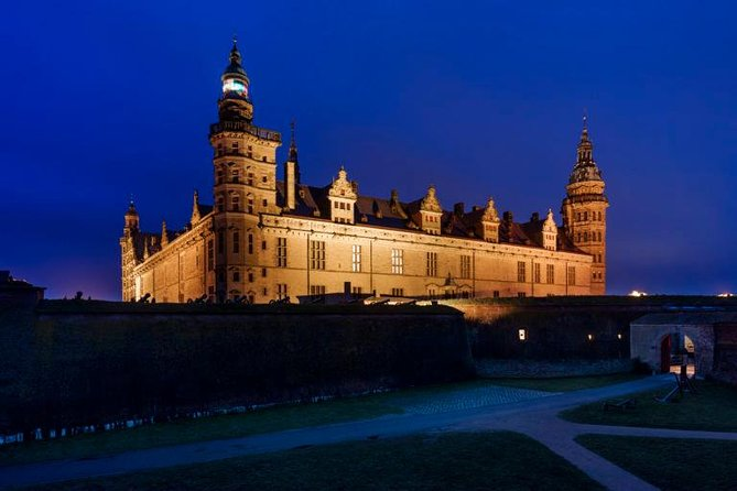 5-Hour Private Hamlet Castle Tour from Copenhagen