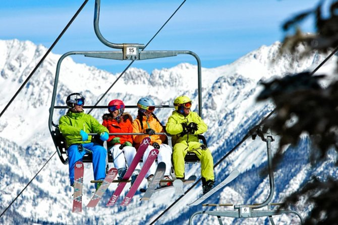 Banff Performance Ski Rental Including Delivery photo 1