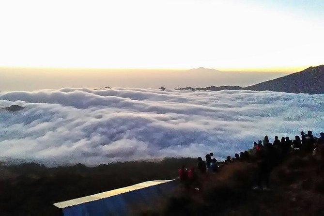 Batur Sunrise Trekking & Natural Hot Spring