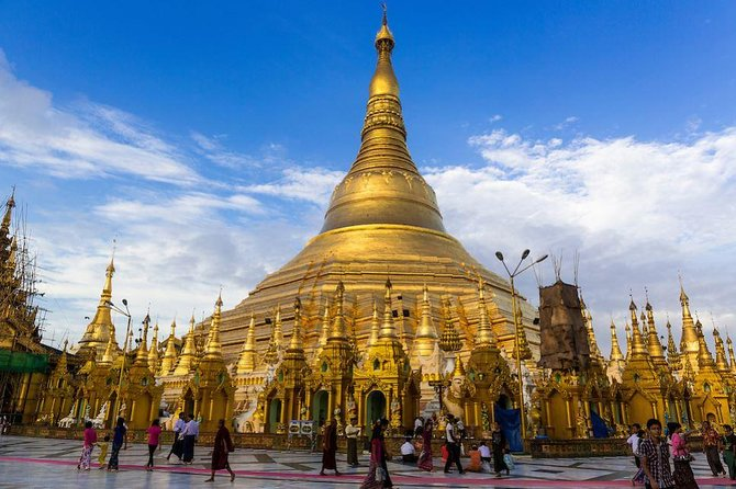 Private Full-Day Highlights of Yangon Tour with Hotel or Airport Pickup