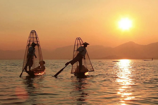 Private Inle Lake Full Day Tour by a Boat Trip