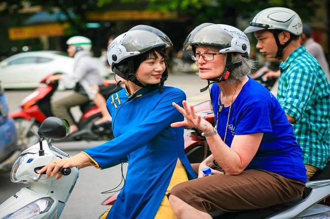 Foodie And Sightseeing Tour By Scooter - Small Group Tours
