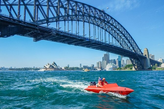 Sydney Harbour Highlights Tag-Along Motor Boat Tour