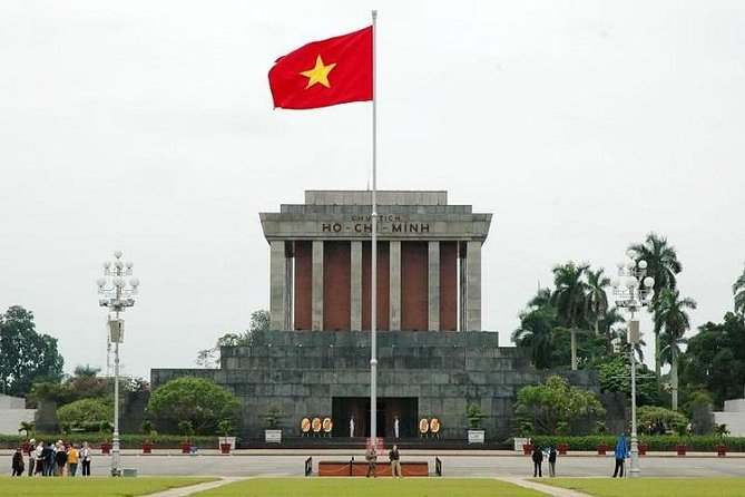 Private Full Day Highlights Sightseeing of Hanoi City