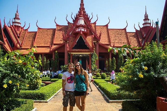 Private Tour: Phnom Penh City Tour with Mekong River Boat Trip