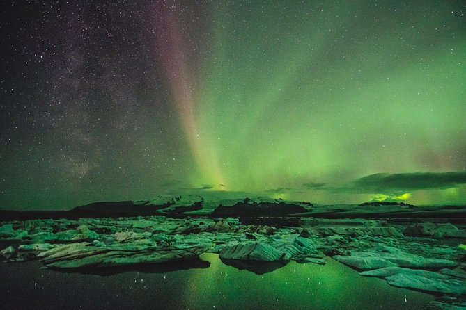 Exclusive Northern Lights tour by a luxury V-Class - With a little extra photo 8