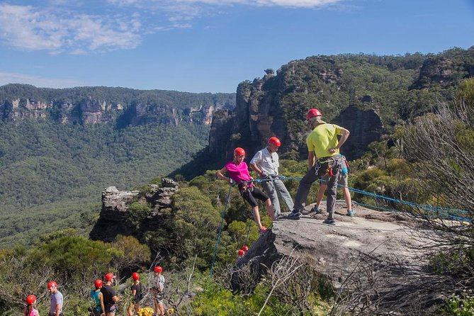 Small-Group Full-Day Abseiling Adventure from Katoomba photo 2