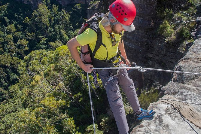 Small-Group Full-Day Abseiling Adventure from Katoomba photo 3