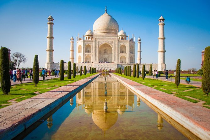 Private Sunrise Taj Mahal and Agra Day Tour from Delhi