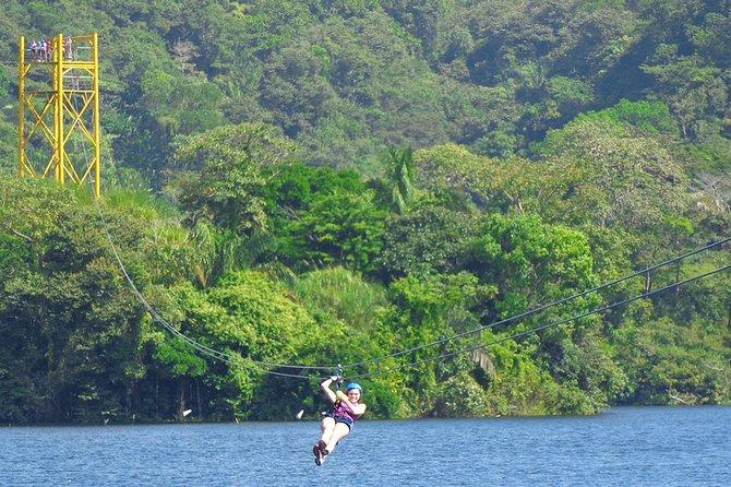 Excursão de dia inteiro em tirolesa e grupo privado de caiaque da Cidade do Panamá