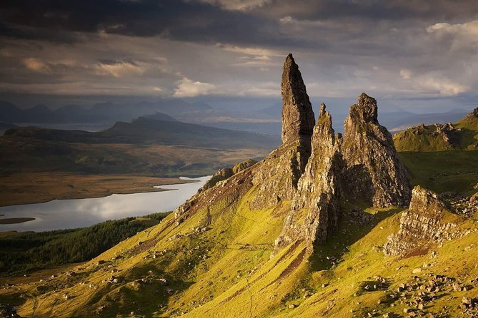 Isle of Skye Full Day 8-Seater Bus Tour from Inverness photo 10