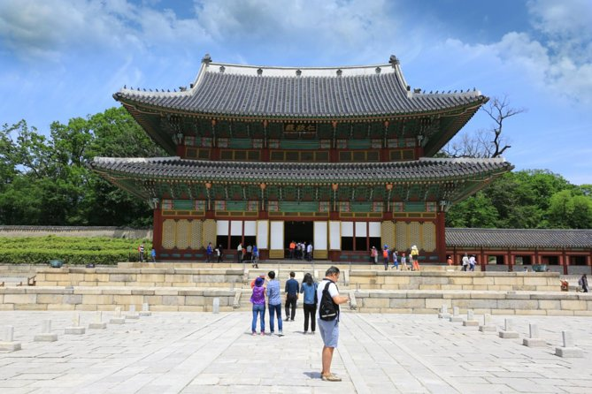 Seoul Combo: 1-Day Hop-On Hop-Off Bus Tour (Panorama and Gangnam Course)