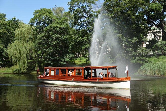 キャナル・ボート・観光クルーズによるリガ