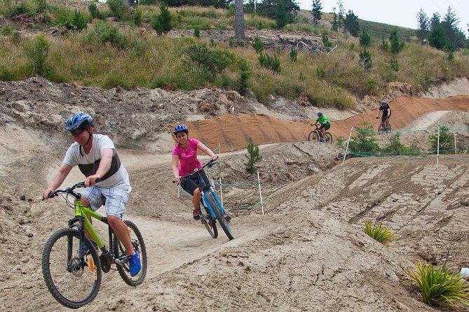 Beginner Downhill Mountain Biking Lesson in Christchurch