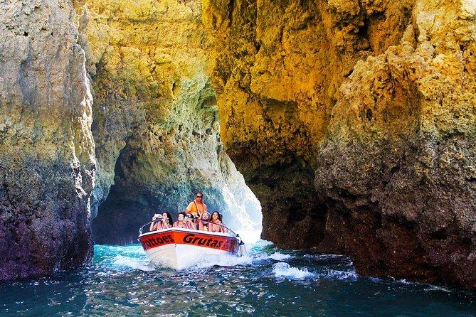 Cruzeiro panorâmico pela gruta da Ponta da Piedade saindo de Lagos