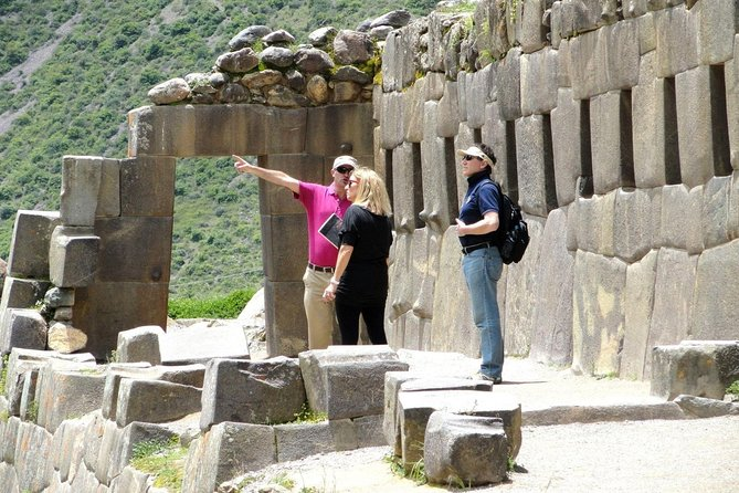 Private tour Sacred Valley plus Moray and salt Mines Full Day including Lunch