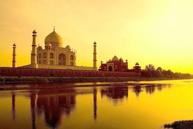Taj Mahal Sunrise Day Tour from Jaipur