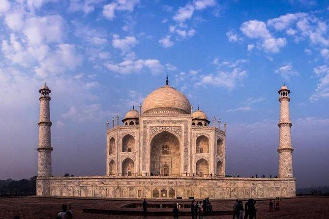 Same Day Sunrise trip to Taj mahal from Delhi