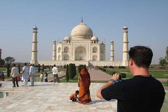 Private Guided Tour in Agra with Lunch From Jaipur