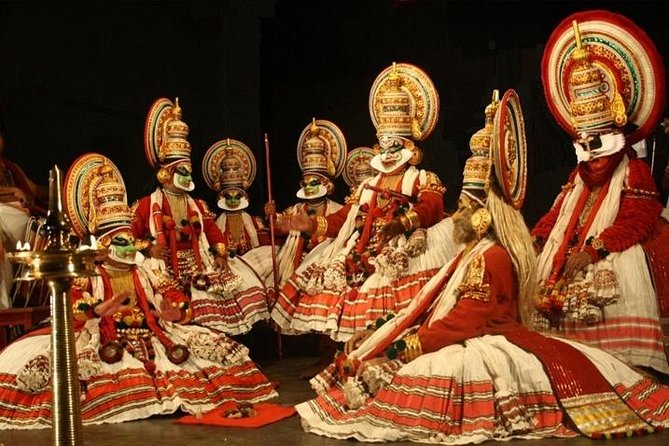 Half Day Kochi City Tour, a Kathakali Classical Dance Performance and Dinner