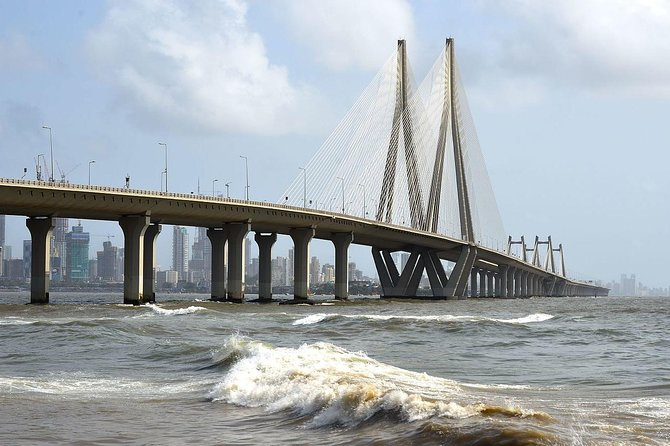 An Evening at Shree Siddhivinayak and the Bandra-Worli Sea Link