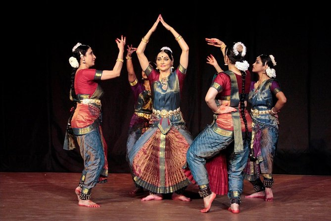 Bharatnatyam Classical Dance Experience in Chennai with Lunch