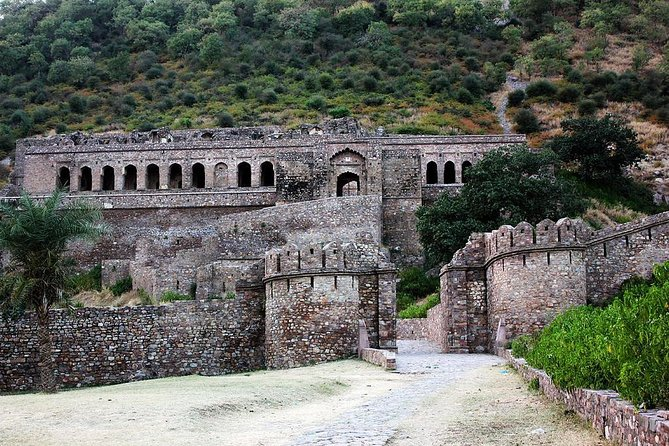 Day excursion to Bhangarh and Abhaneri from Jaipur with Lunch photo 1