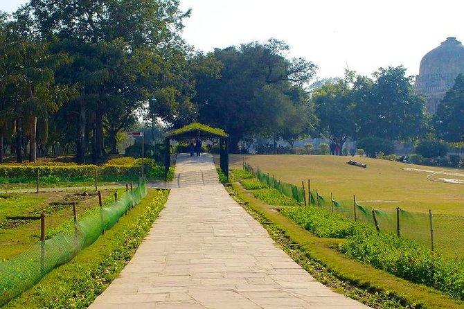 A Walk Through Delhi's Most Important Park - The Lodhi Gardens