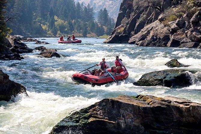 A Raft Journey: Thunder Down the Himalayan Foothills on Teesta River's White Water with Private Transfer