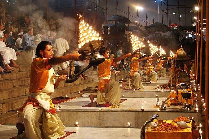 The Famous Aarti Ceremony - An Evening at the Ganges River