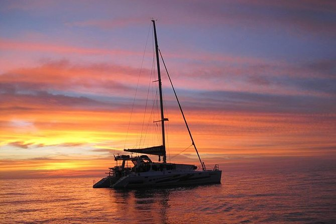 Sunset 3-Hour Cruise from Darwin with Dinner and Sparkling Wine
