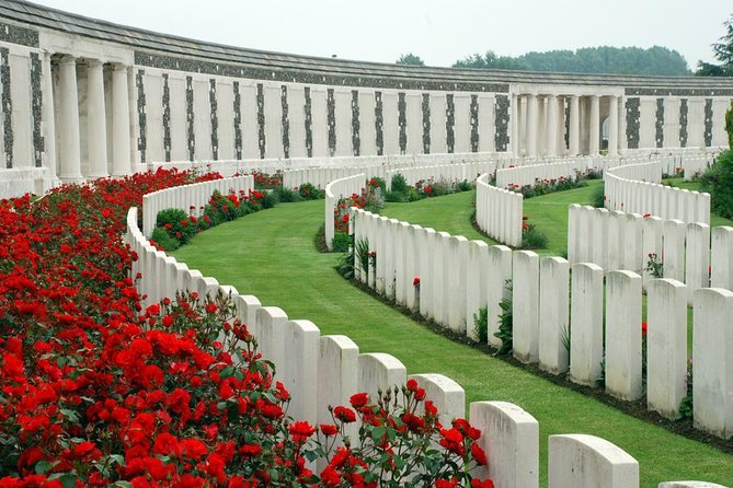 WWI Private Day Trip with Ypres Salient Battlefield in Flanders from Paris