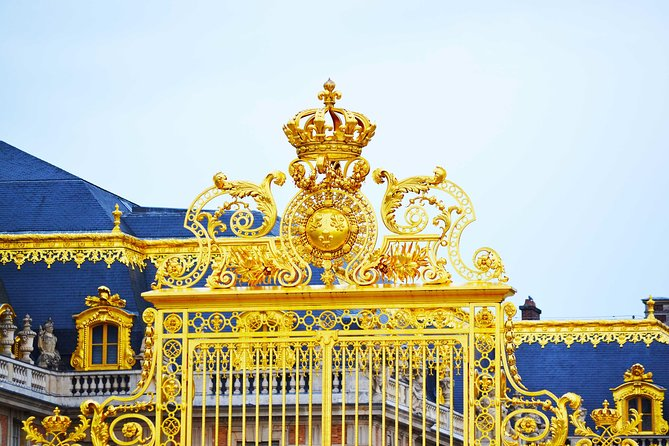 Versailles Palace and the Louvre Skip-the-Line Admission Tour