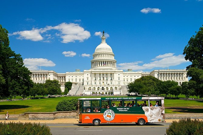 Washington DC Sightseeing Trolley Tour with 1 Stop