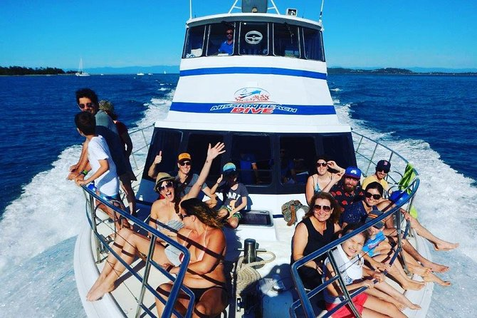 Great Barrier Reef Dive and Snorkel Cruise from Mission Beach