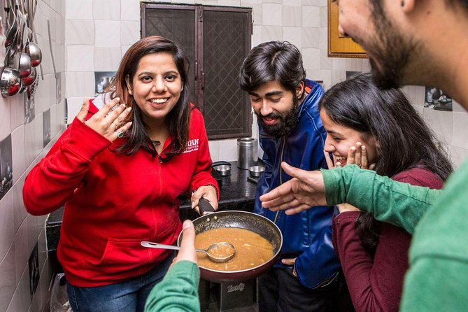Delhi Cultural Experience: Cook and Eat with a Local Family