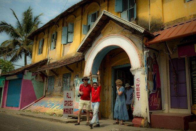 Hidden Gems of Kochi: Half Day Adventure by Tuk Tuk Including Lunch