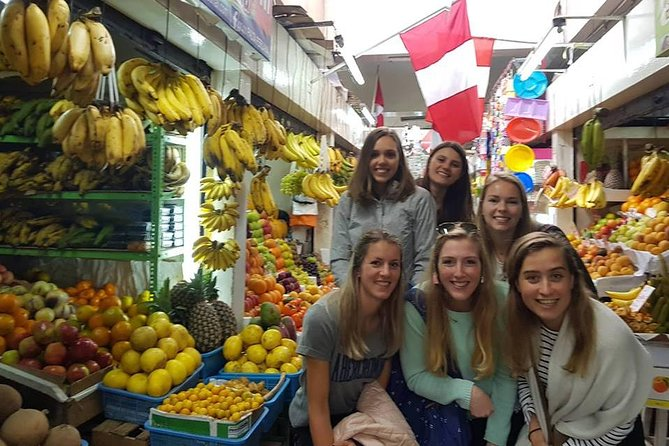 Walking Tour in the Historical Centre and China Town