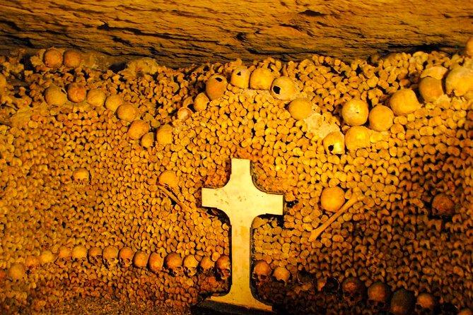 Tour delle catacombe private a Parigi