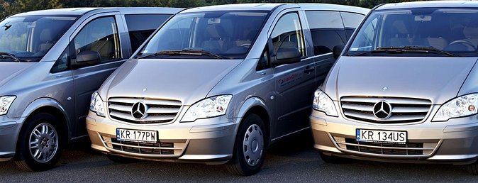 Economy private Warsaw Modlin airport transfer up 3 people
